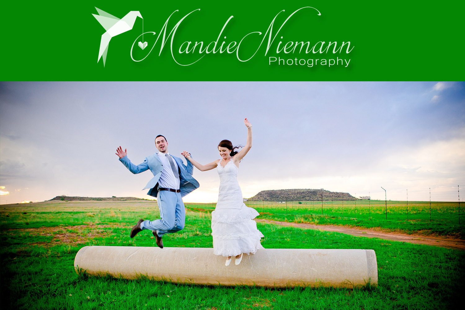 Mandie Niemann is a Bloemfontein based wedding photographer and would love to capture your story!